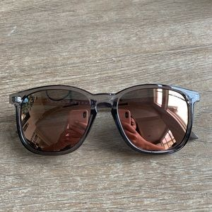 Quay The Oxford Sunglasses Gry/Pnk